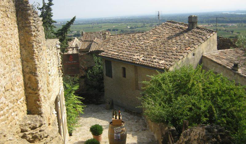 Os vinhedos do Vale do Rhône Meridional, na França