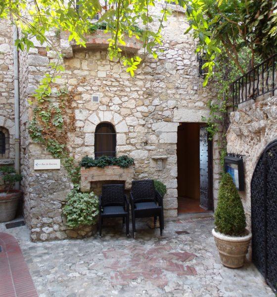 Nice e suas lindas aldeias medievais